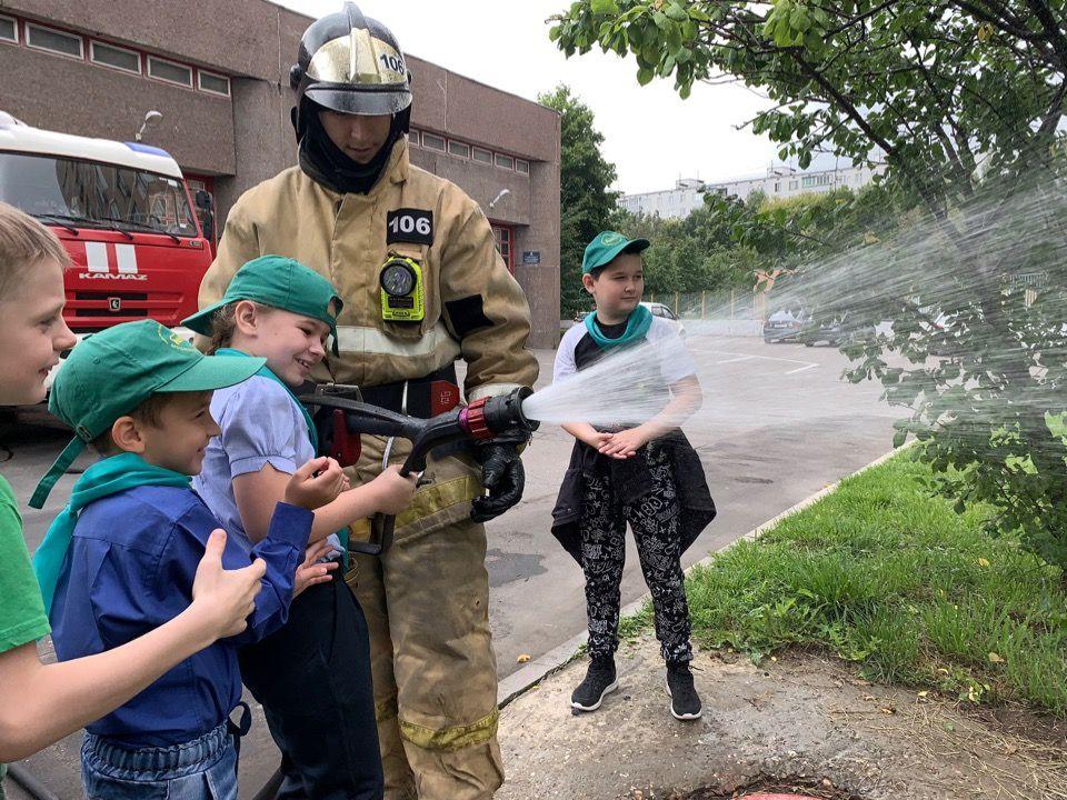 Дети юга почувствовали себя пожарным