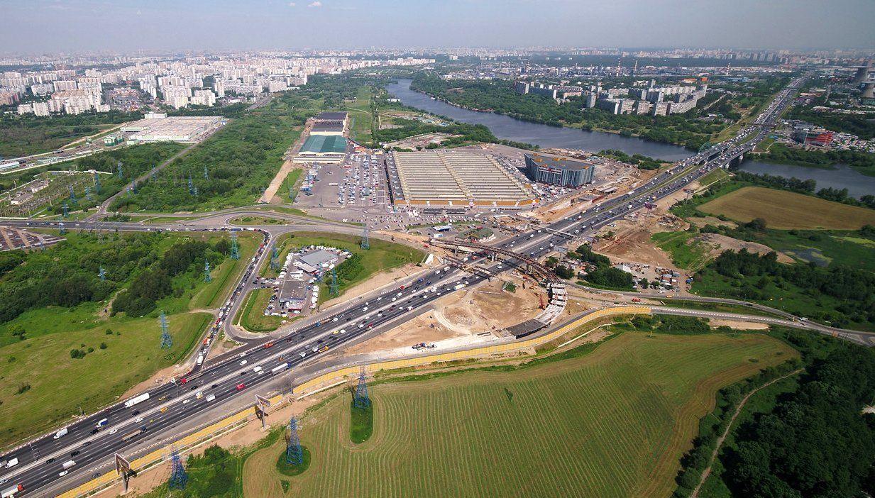 Развязка на пересечении Московской кольцевой автомобильной дороги с Бесединским шоссе готова на 70 процентов