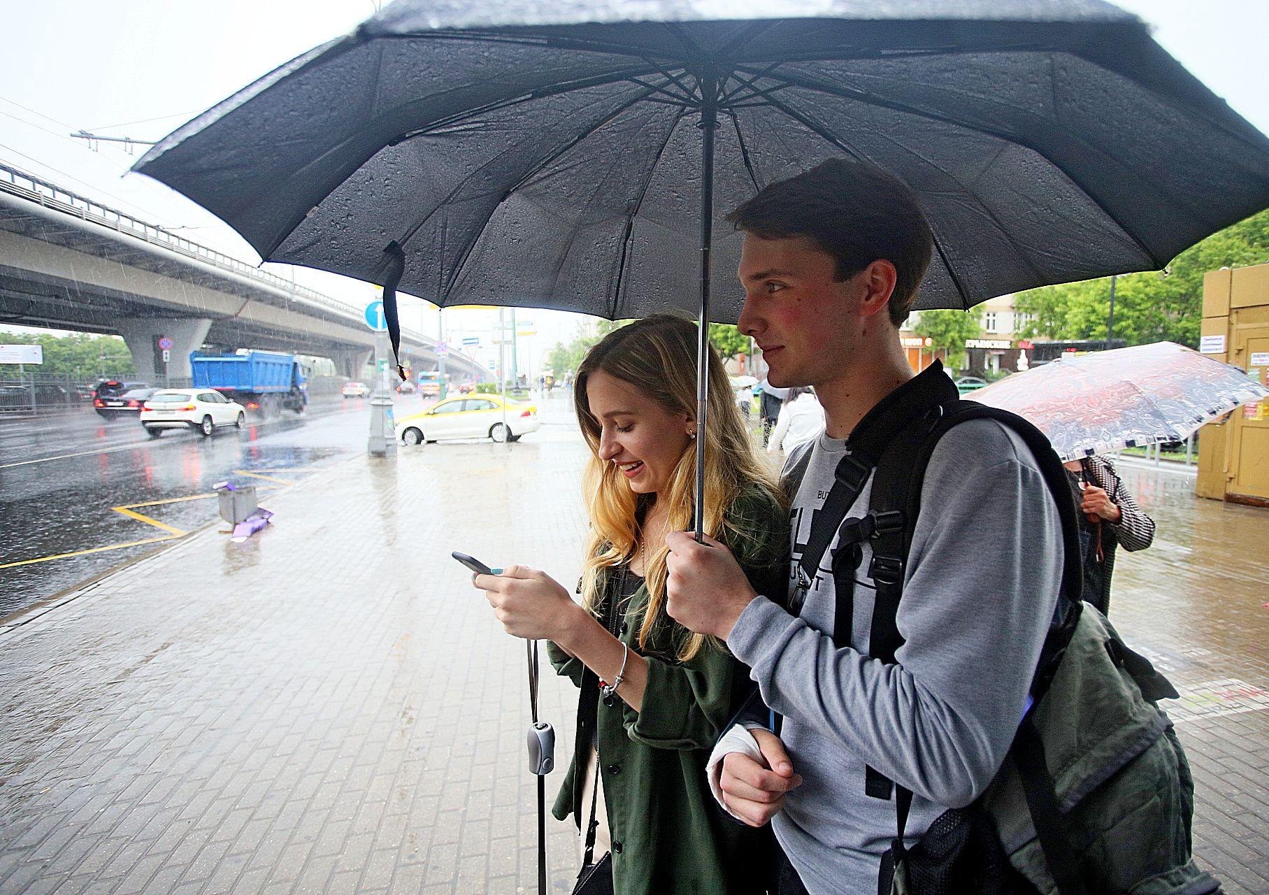 Пятница принесет в Москву теплую и дождливую погоду