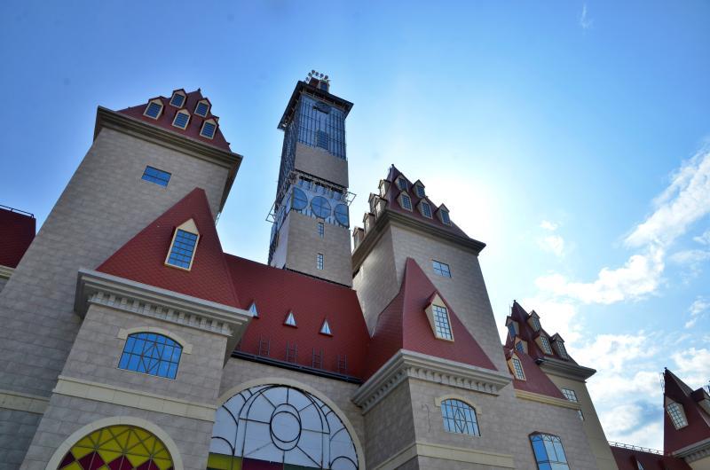 «Остров мечты» — первый в России и самый большой крытый тематический парк в Европе. Фото: Анна Быкова