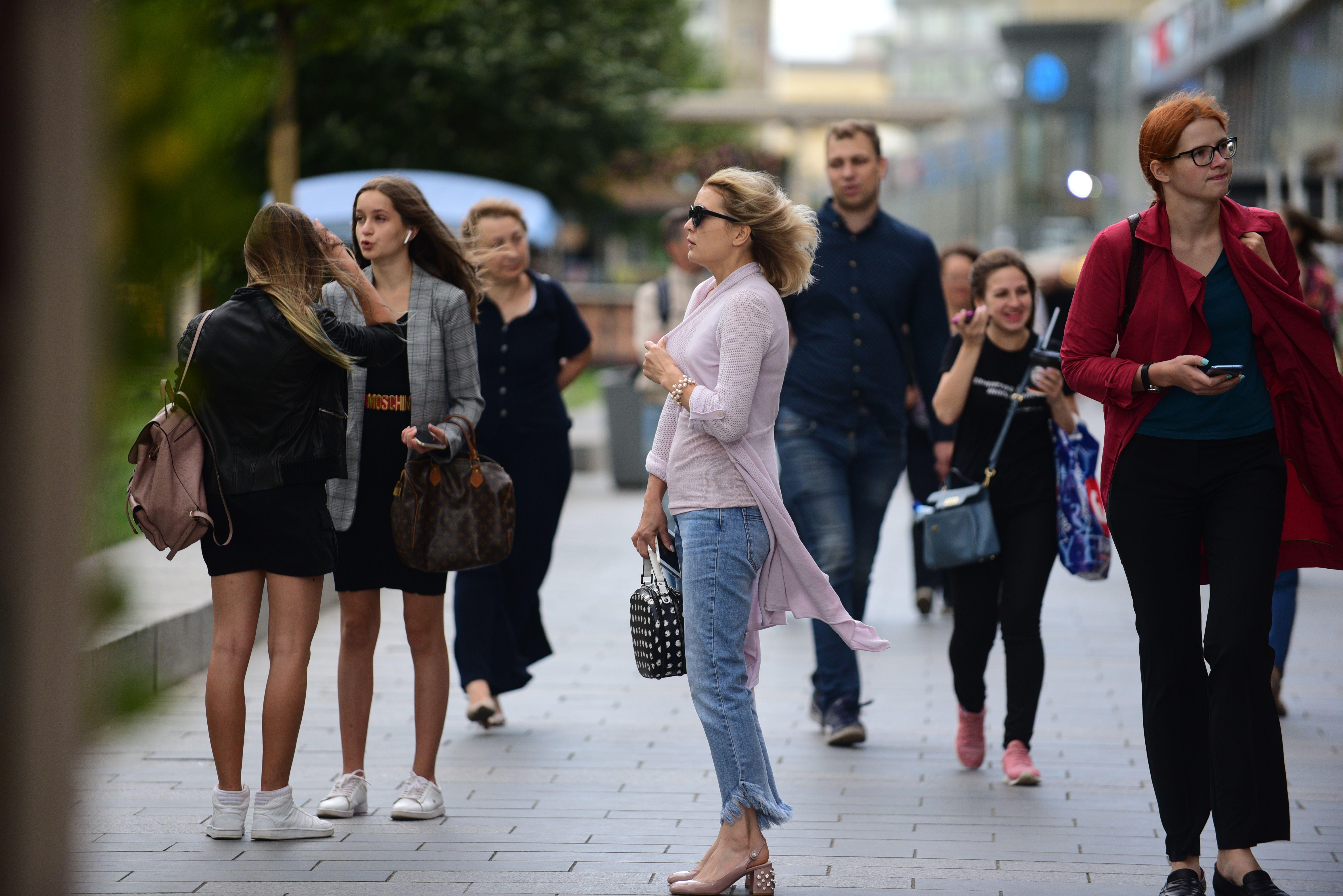 Москвичей ожидают теплые выходные дни