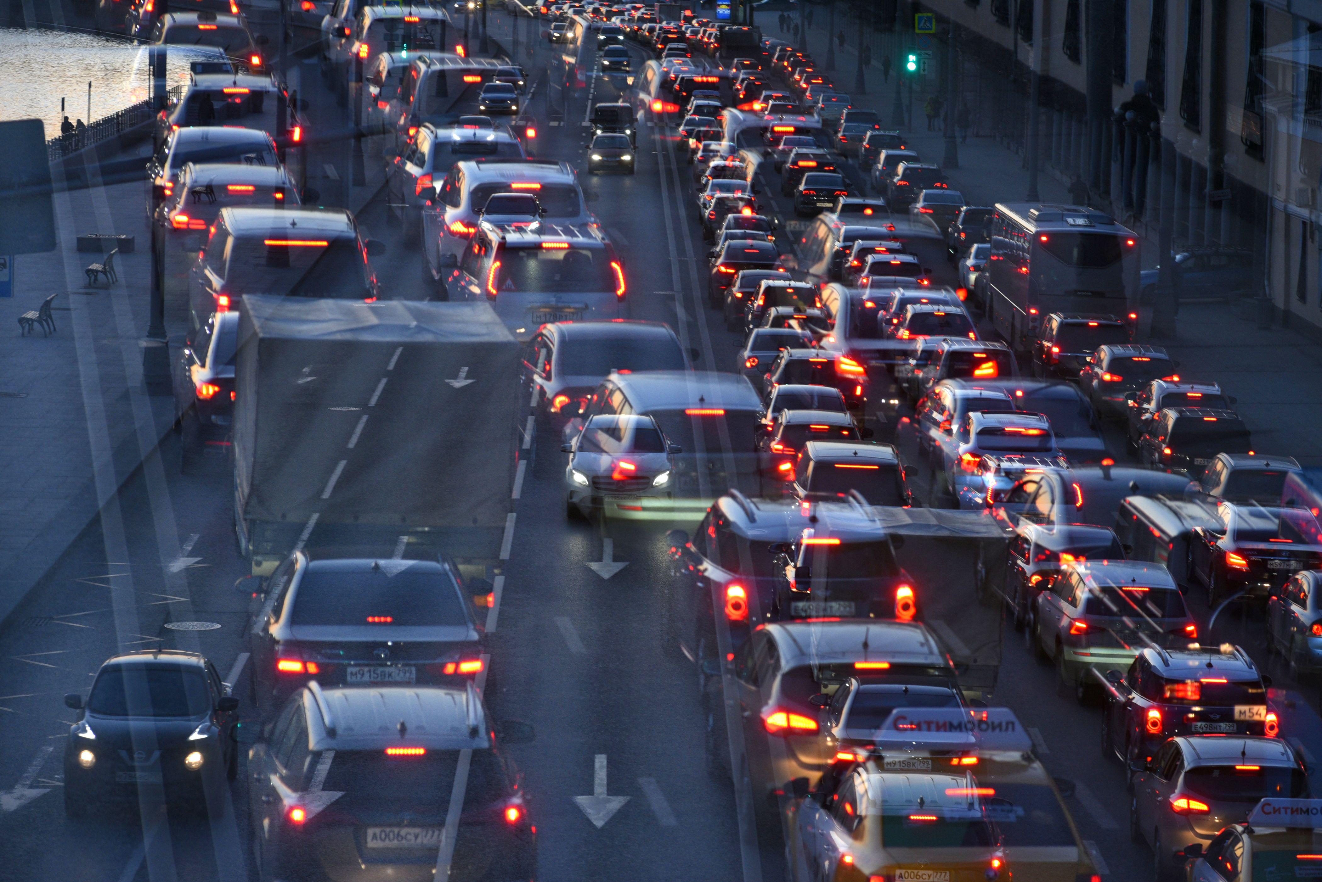 Количество автомобилей на дорогах увеличится в сентябре