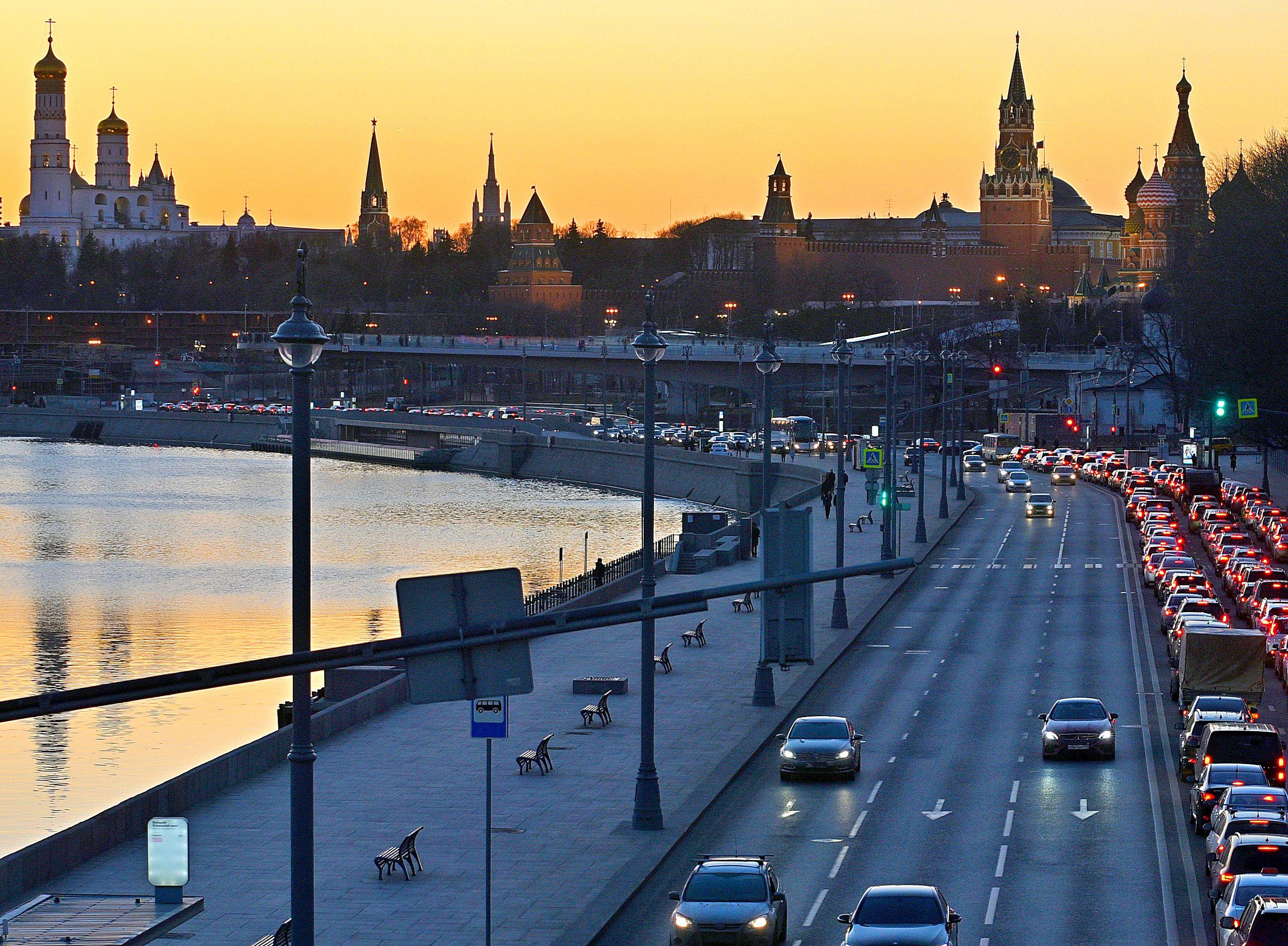 Первосентябрьские пробки в Москве начнутся с 26 августа