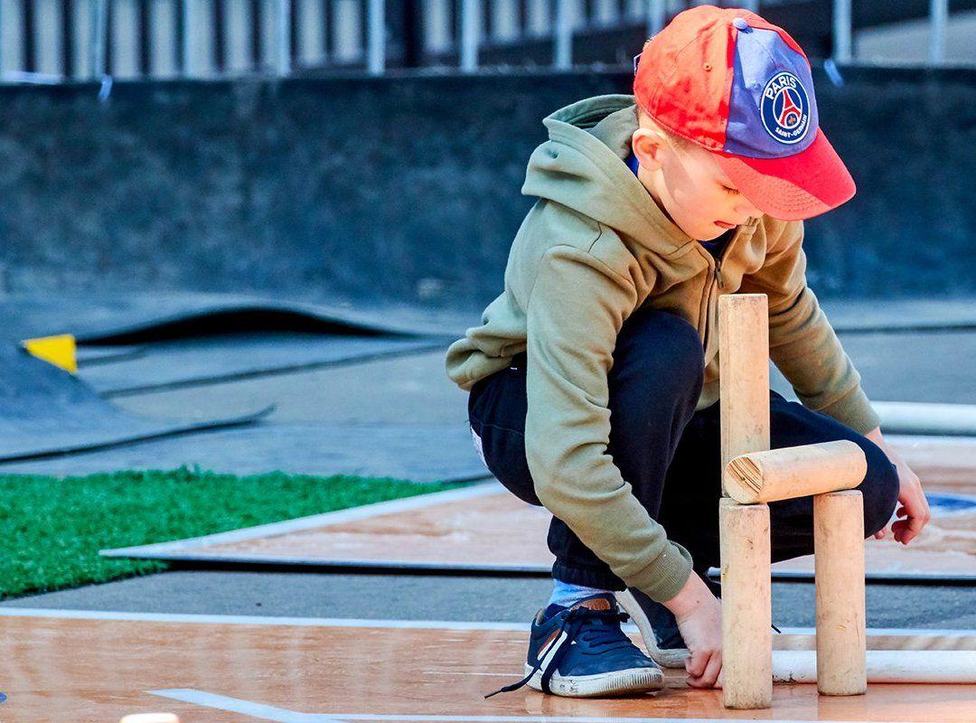Активные жители Зябликова выберут режим работы секции городошного спорта