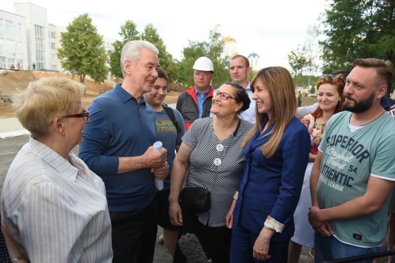 Собянин осмотрел ход работ по комплексному благоустройству ЦАО и ЮВАО