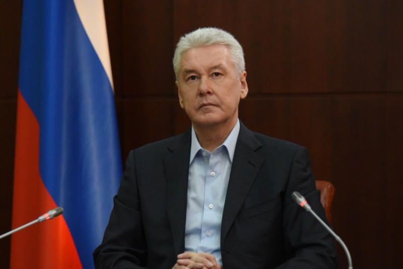 Собянин осмотрел ход строительства новой поликлиники в Щербинке