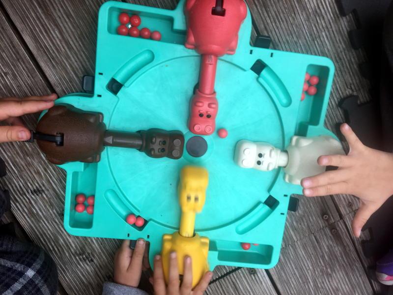Соревнования по настольным играм для детей провели в библиотеке №150