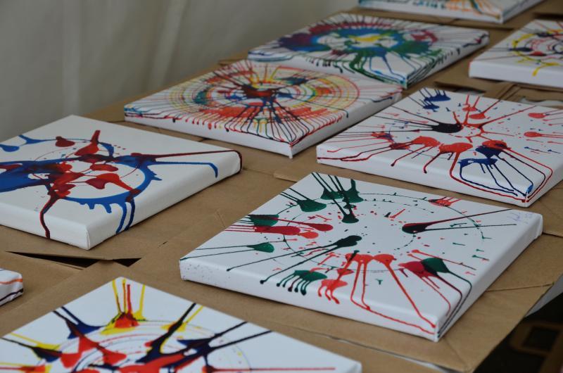 Занятия рисованием развивают творческие способности