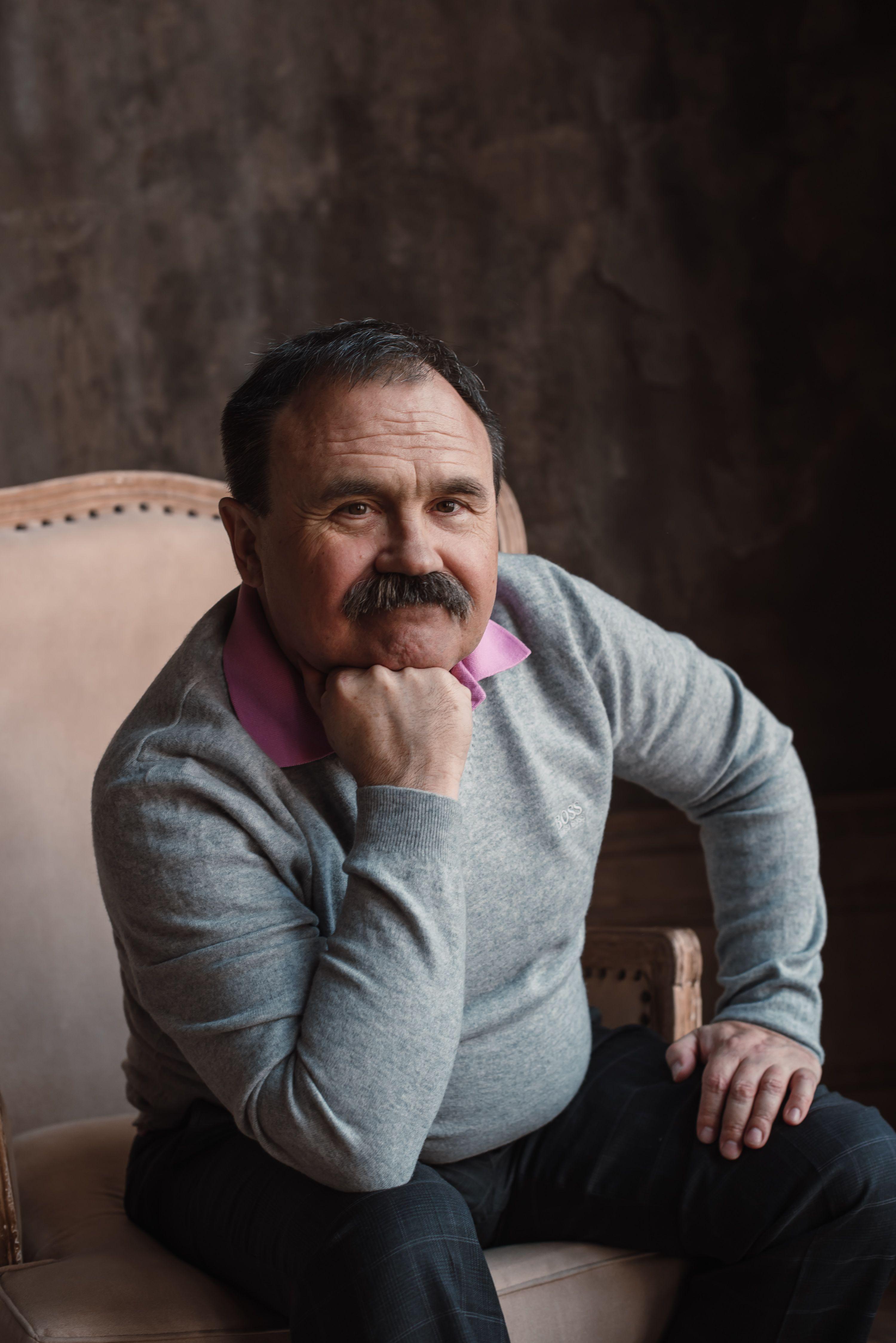27 апреля 2018 года. Писатель Сергей Литвинов живет в Орехове-Борисове Южном с 1986 года. Фото: из личного архива