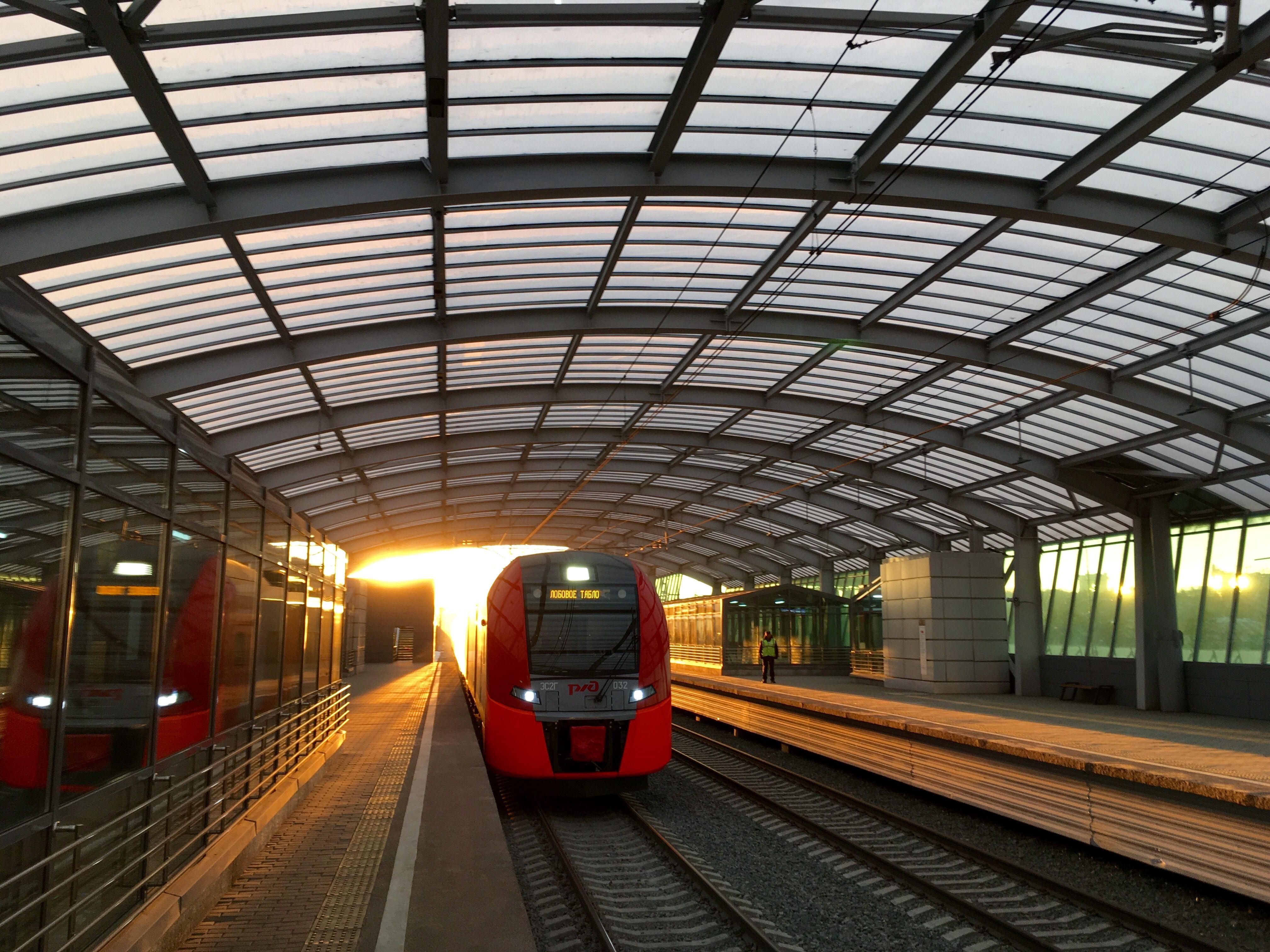 Поезда «Ласточки» перевезли сто миллионов пассажиров с начала года