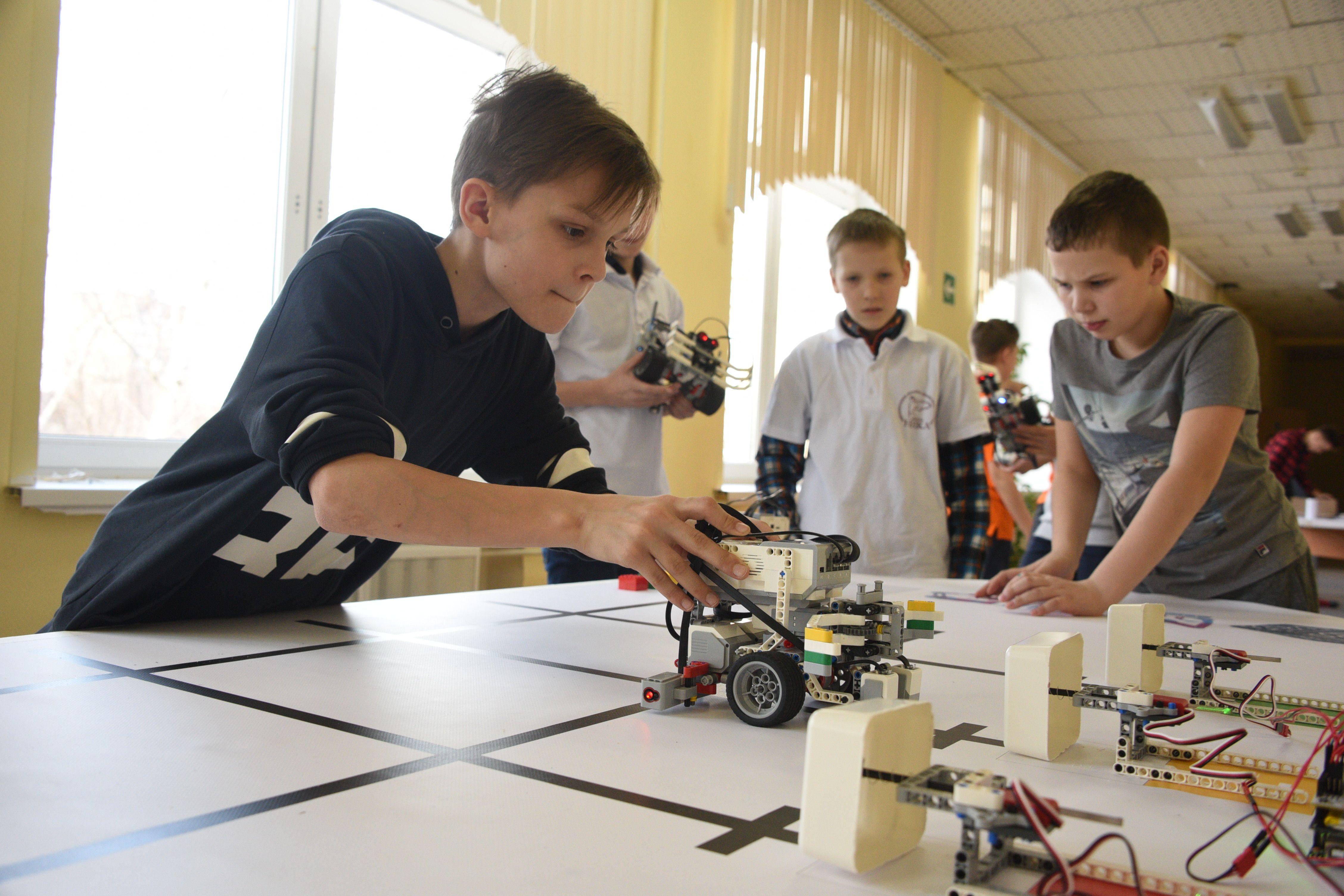 Московский Росреестр поставил на кадастровый учет крупнейшую в России школу с технопарком