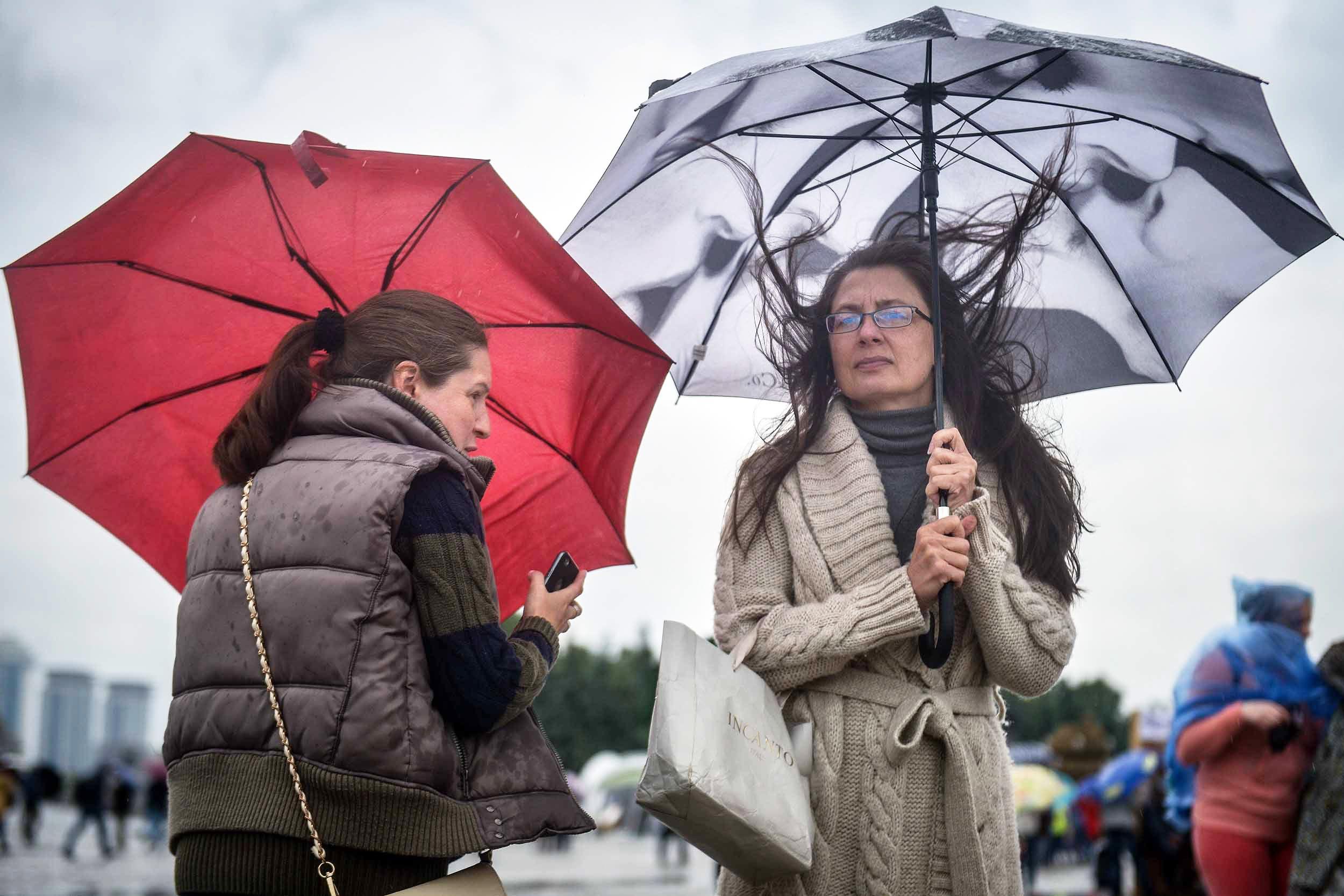 Холоднее и дождливее станет в Москве со вторника
