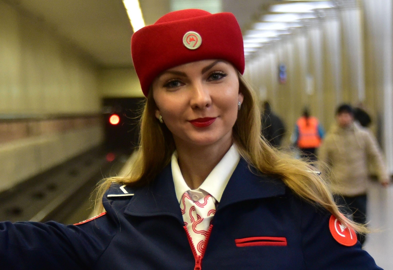 Женщина впервые заменит мужчину-машиниста в московском метро