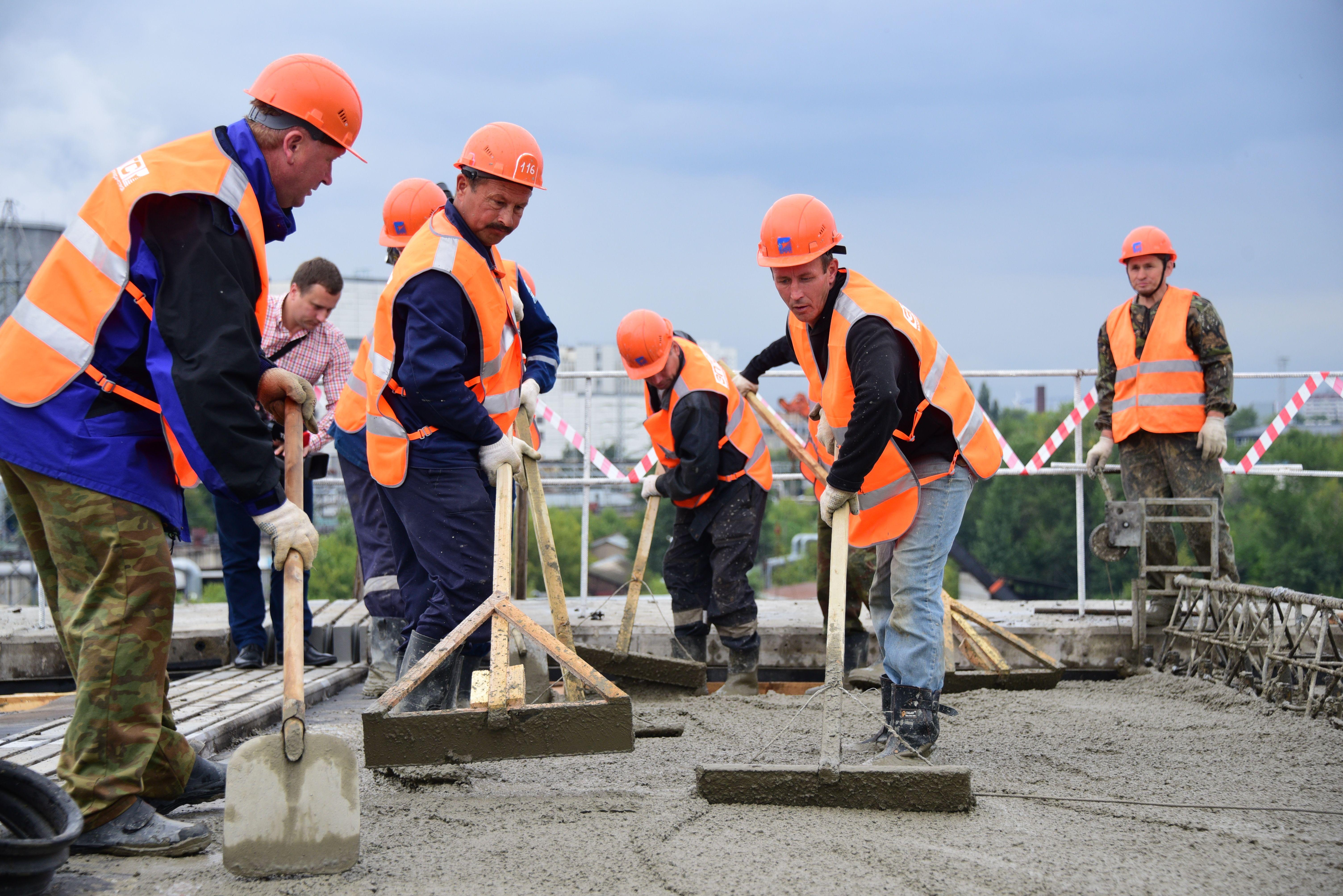 В Москве завершено бетонирование опор эстакады на пересечении МКАД с Волоколамским шоссе