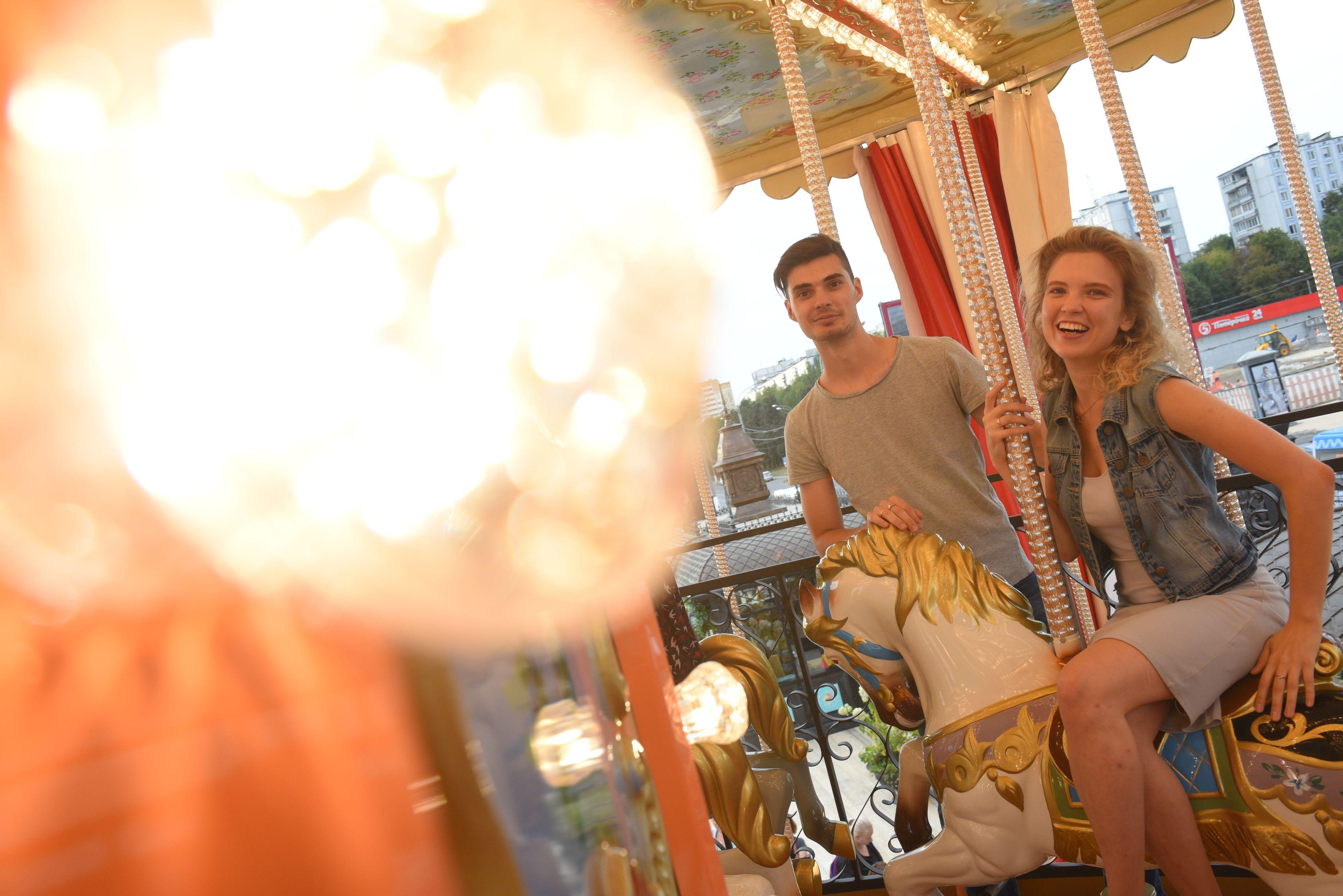 Последняя неделя «Цветочного джема» отметится театром и концертом на юго-западе Москвы