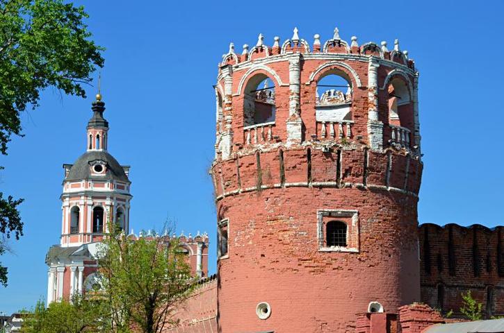 Исторические памятники на территории Донского монастыря отреставрируют