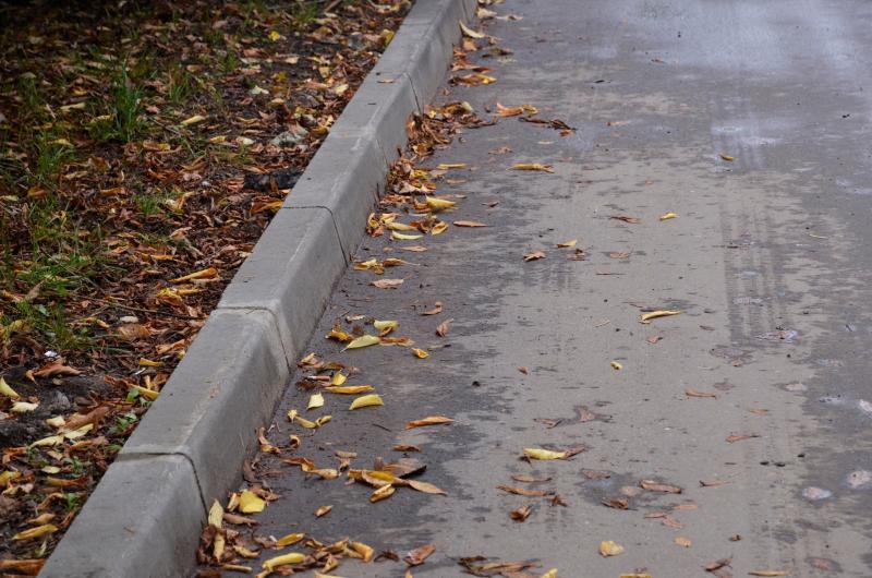 Работы по замене асфальта в Чертанове Центральном завершат к концу сентября