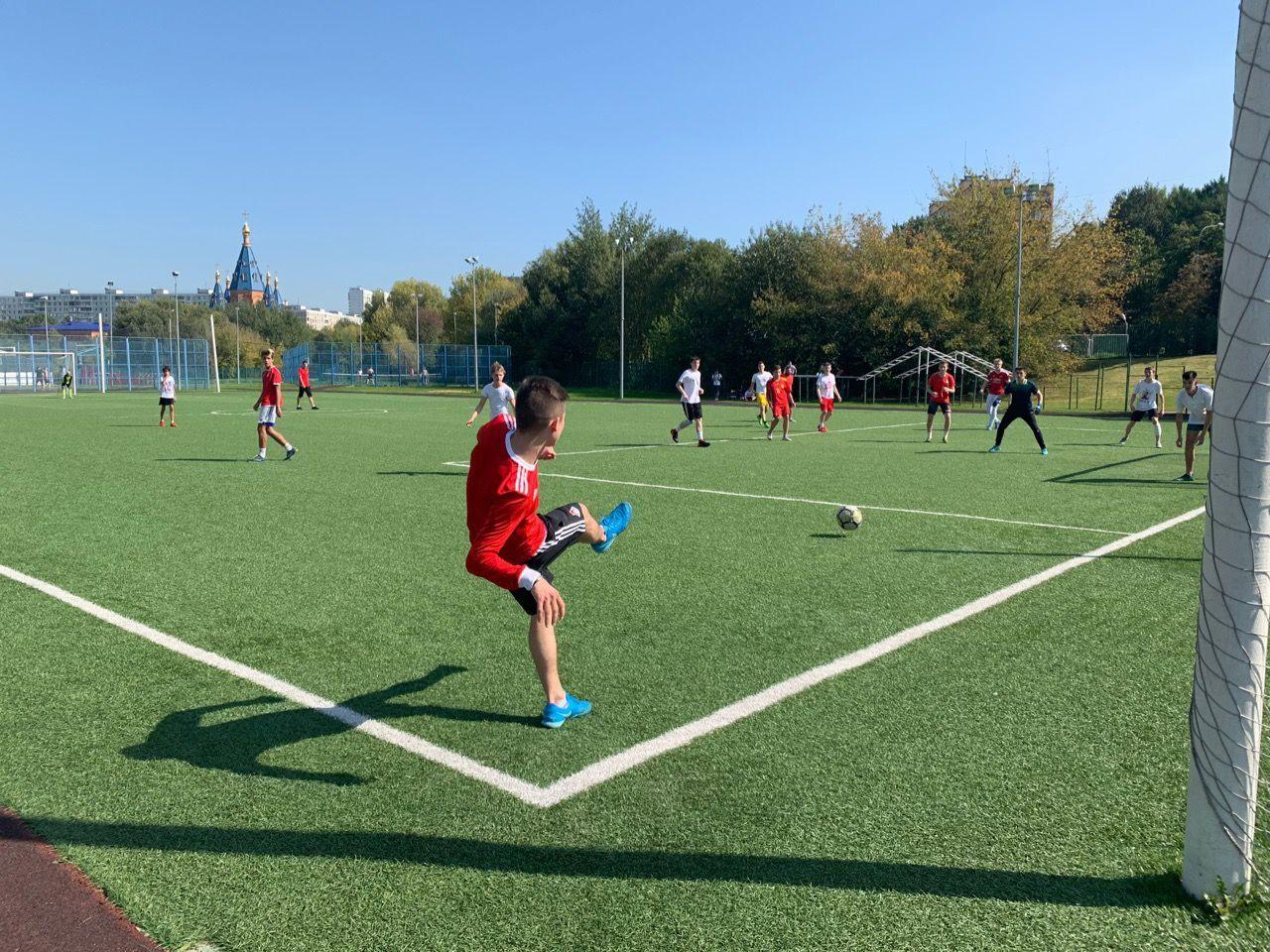 Турнир по футболу прошел в Чертанове Северном