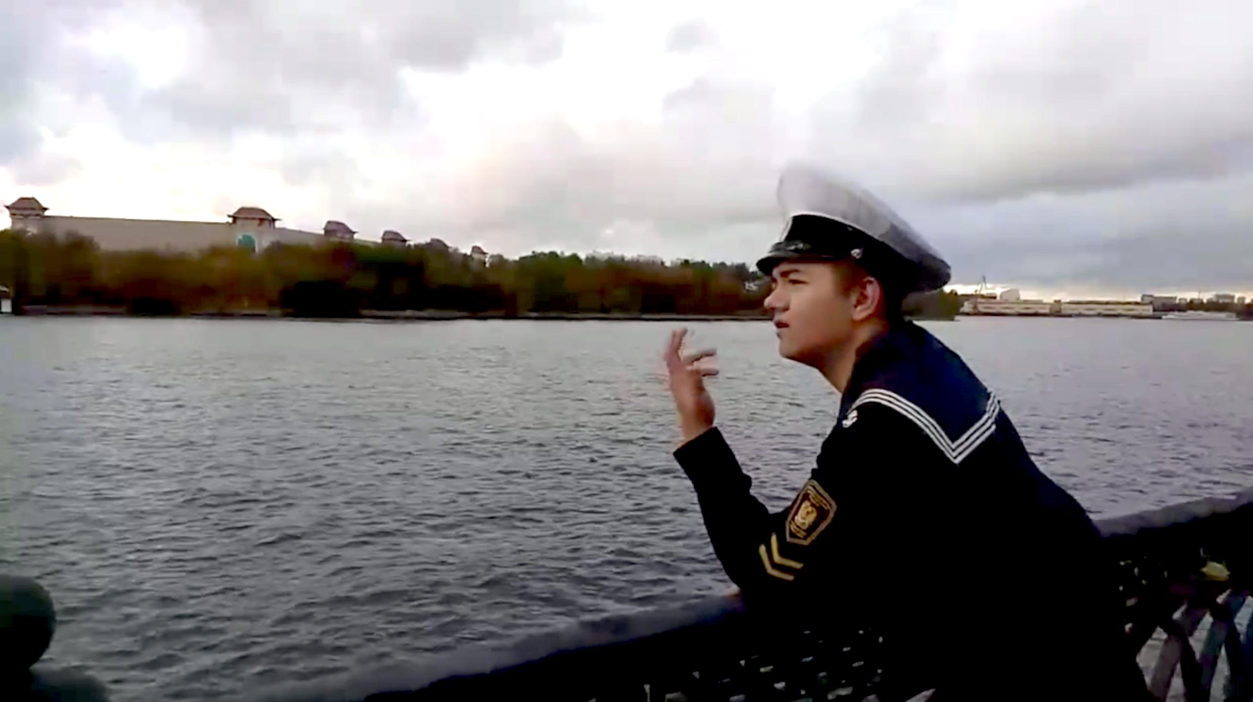 Курсант колледжа Московской государственной академии водного транспорта посвятил стихотворение столице