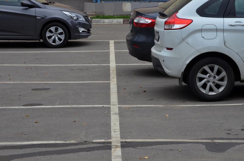 Новую парковку откроют рядом с метро «Пражская». Фото: Анна Быкова