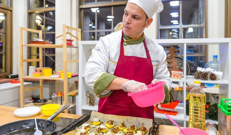 Сафой и взвар: какие блюда горожане научатся готовить на Ореховом бульваре