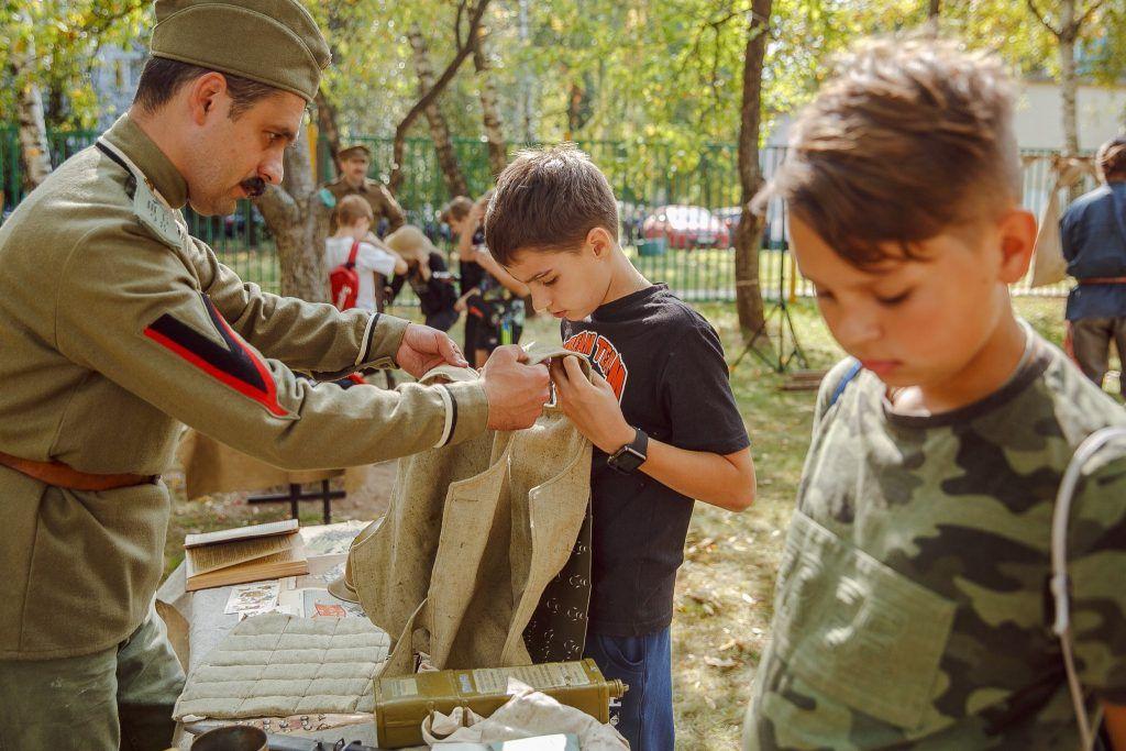 По-солдатски: жители юга посетили интерактивные военные площадки. Фото: Антон Малиновский
