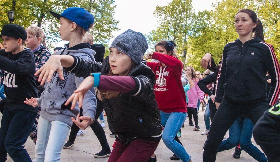 Танцевальный флешмоб проведут в школе №1450 «Олимп»