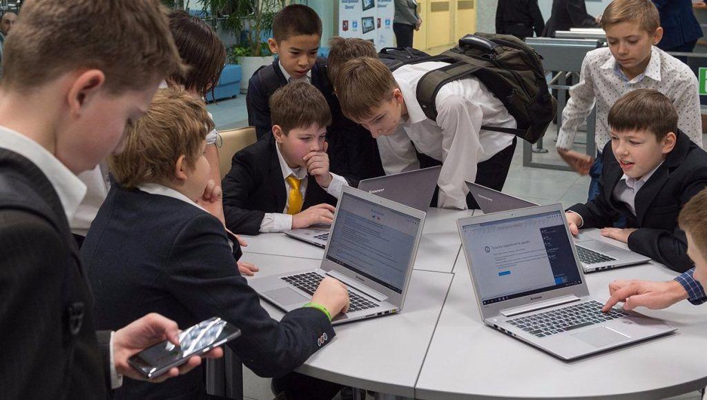 Расходы на образование в бюджете Москвы в 2020 году увеличатся на 25%. Фото: сайт мэра Москвы