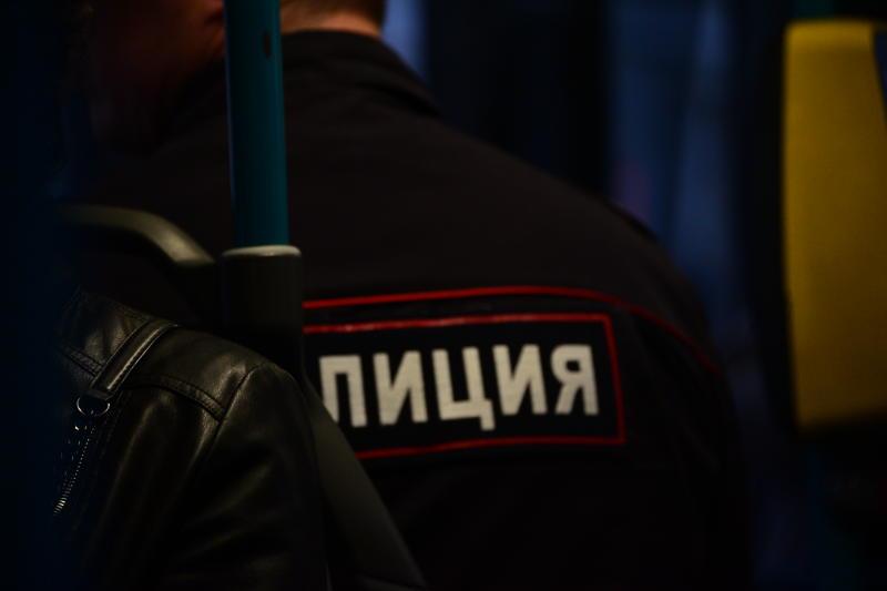 Полицейские района Чертаново Северное задержали подозреваемых в краже бурильной установки