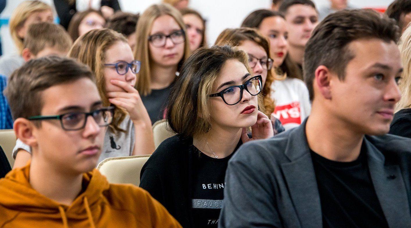 Жителей юга пригласили вспомнить стихотворения поэта Михаила Лермонтова