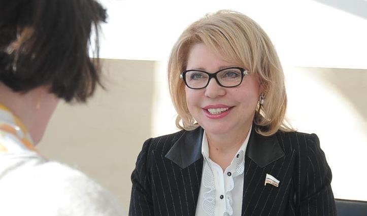 Профессиональную бесплатную юридическую консультацию открыли в Приемной депутата Государственной Думы Елены Паниной