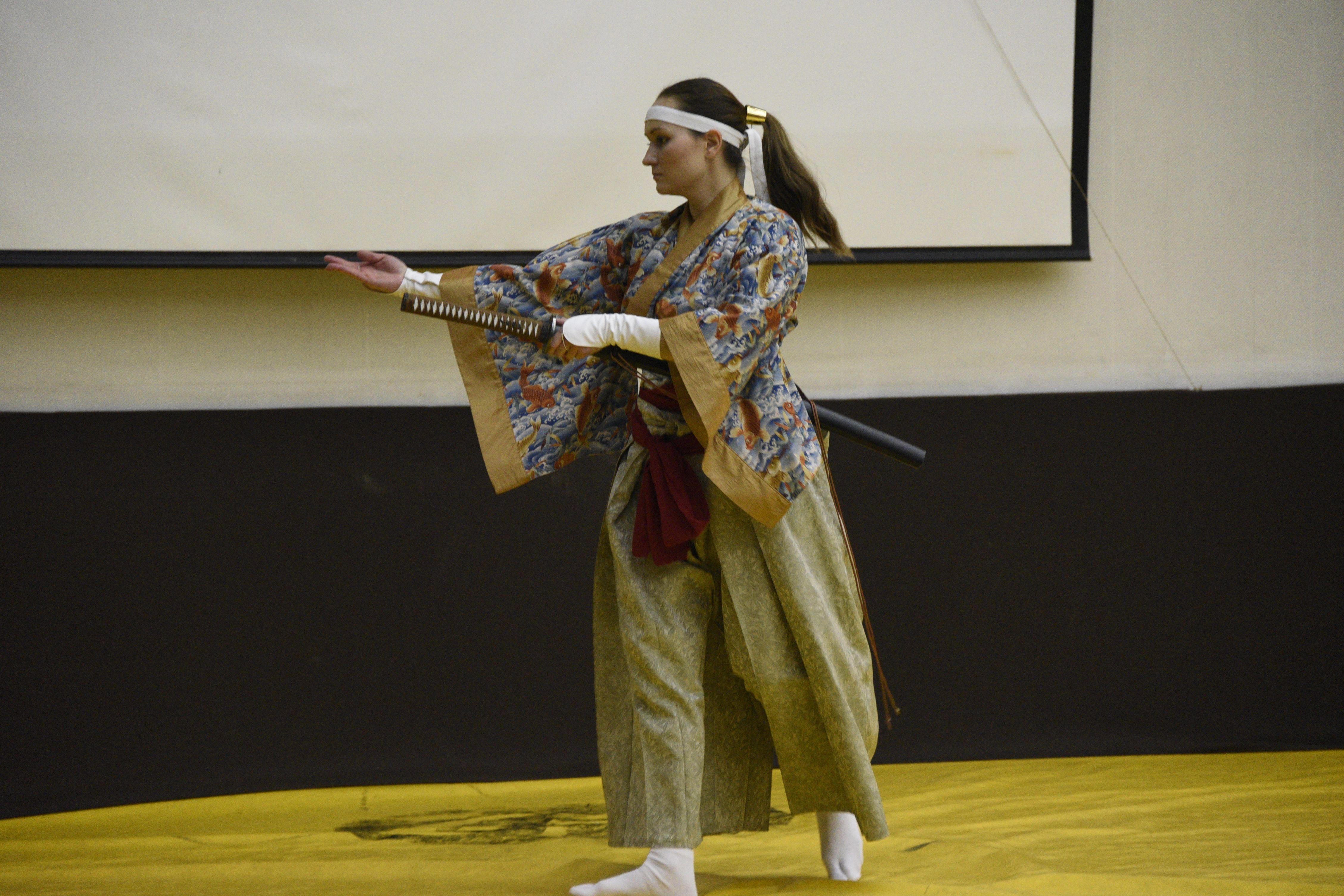 Магия танцующих мечей