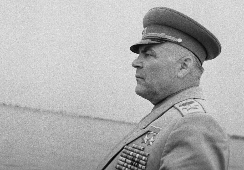 1 апреля 1964 года. Герой пяти воин, маршал Малиновский