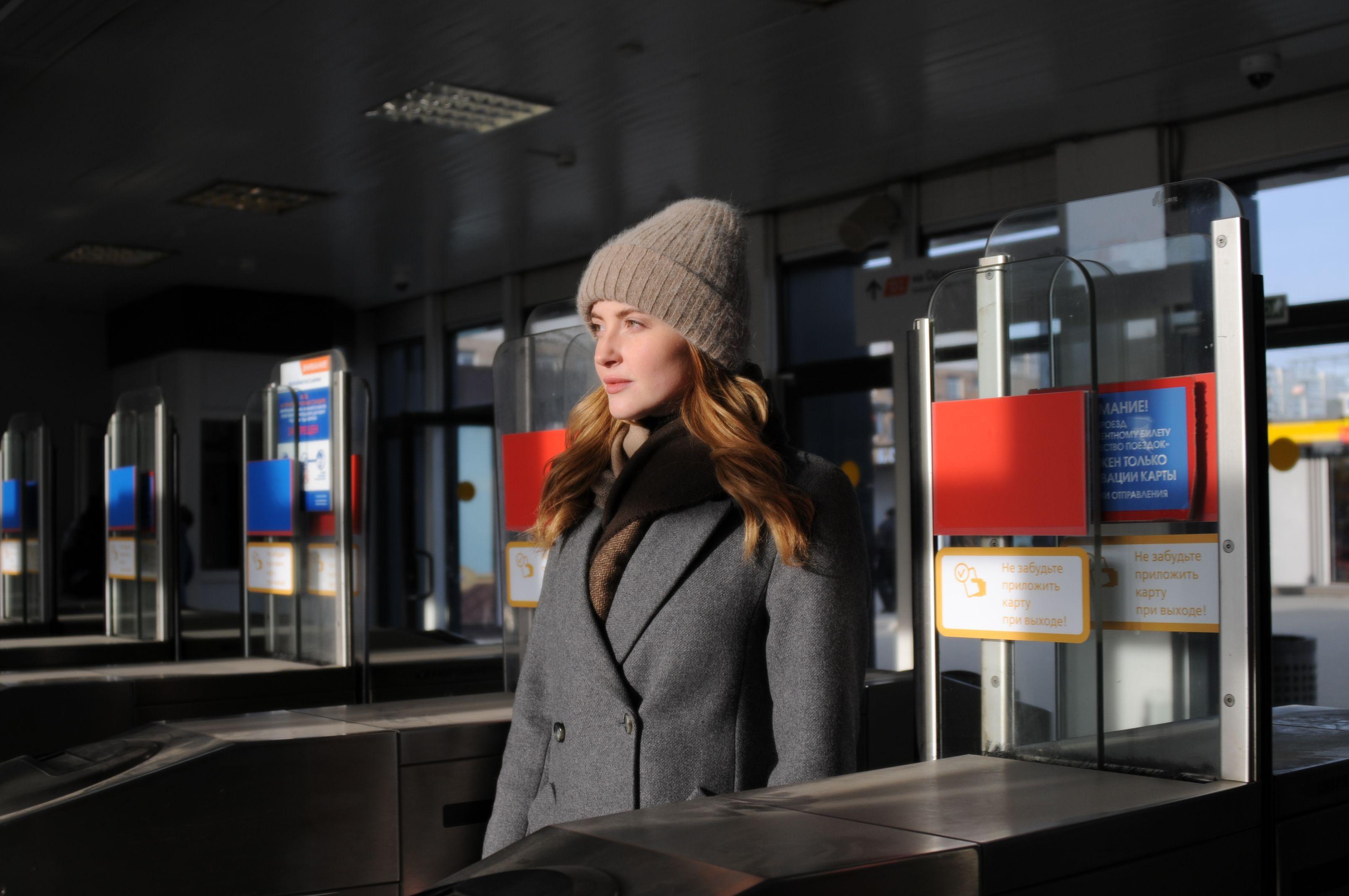 Москвичей уведомят о бесплатном МЦД с помощью 900 наклеек