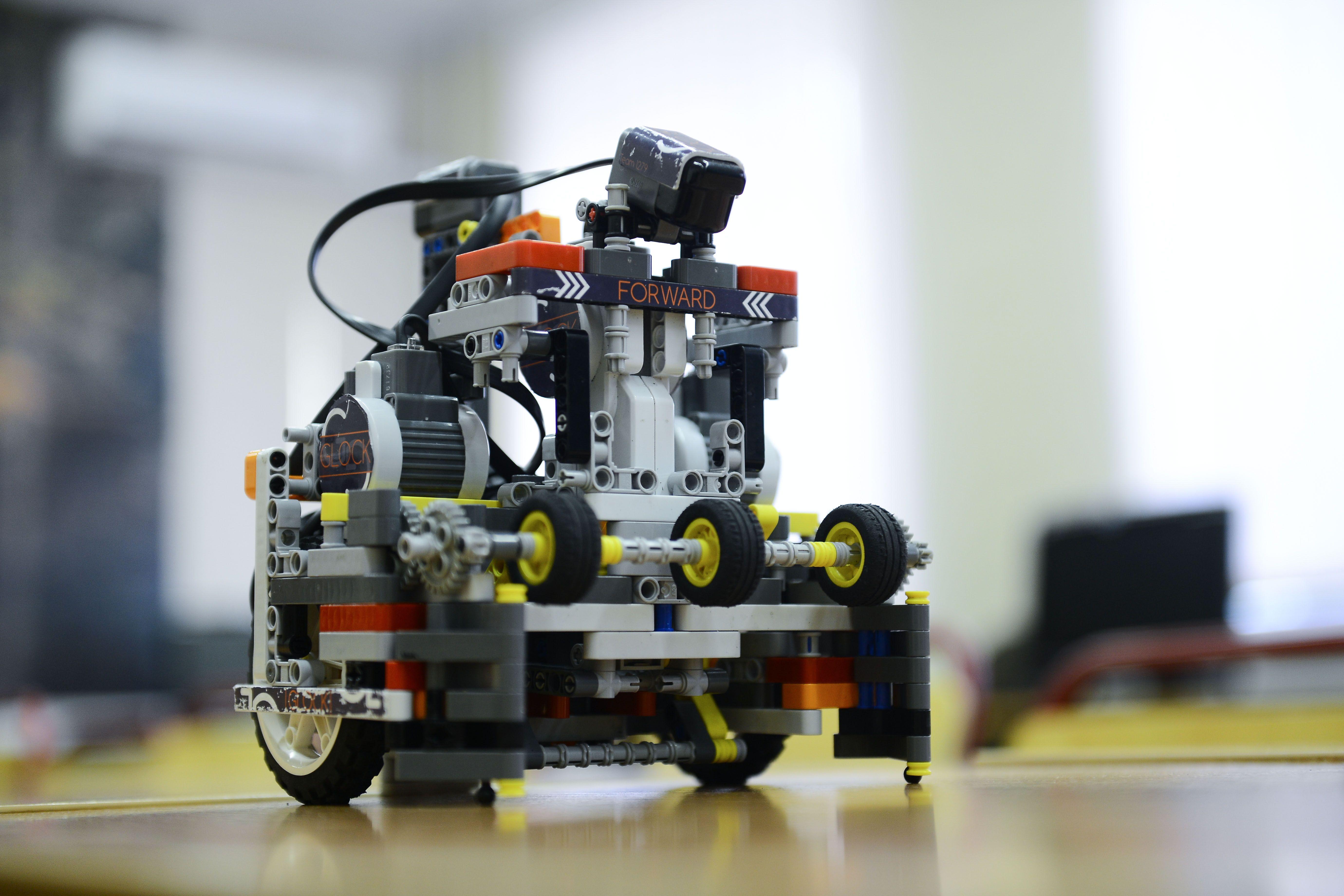 Соревнования роботов пройдут в Москве