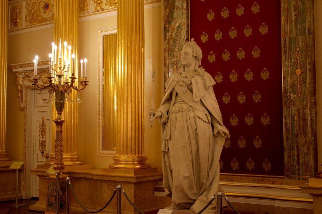 Скульптура Екатерины Великой. Фото: Мария канина