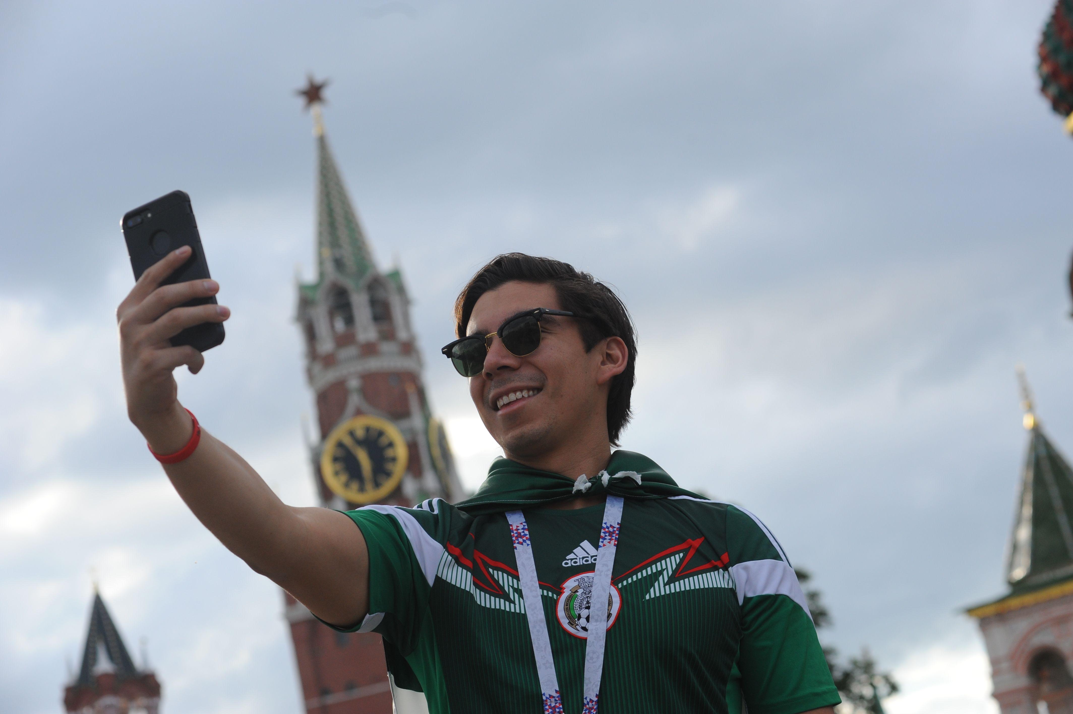 Контакт-центр для туристов принял 10 тысяч звонков в Москве