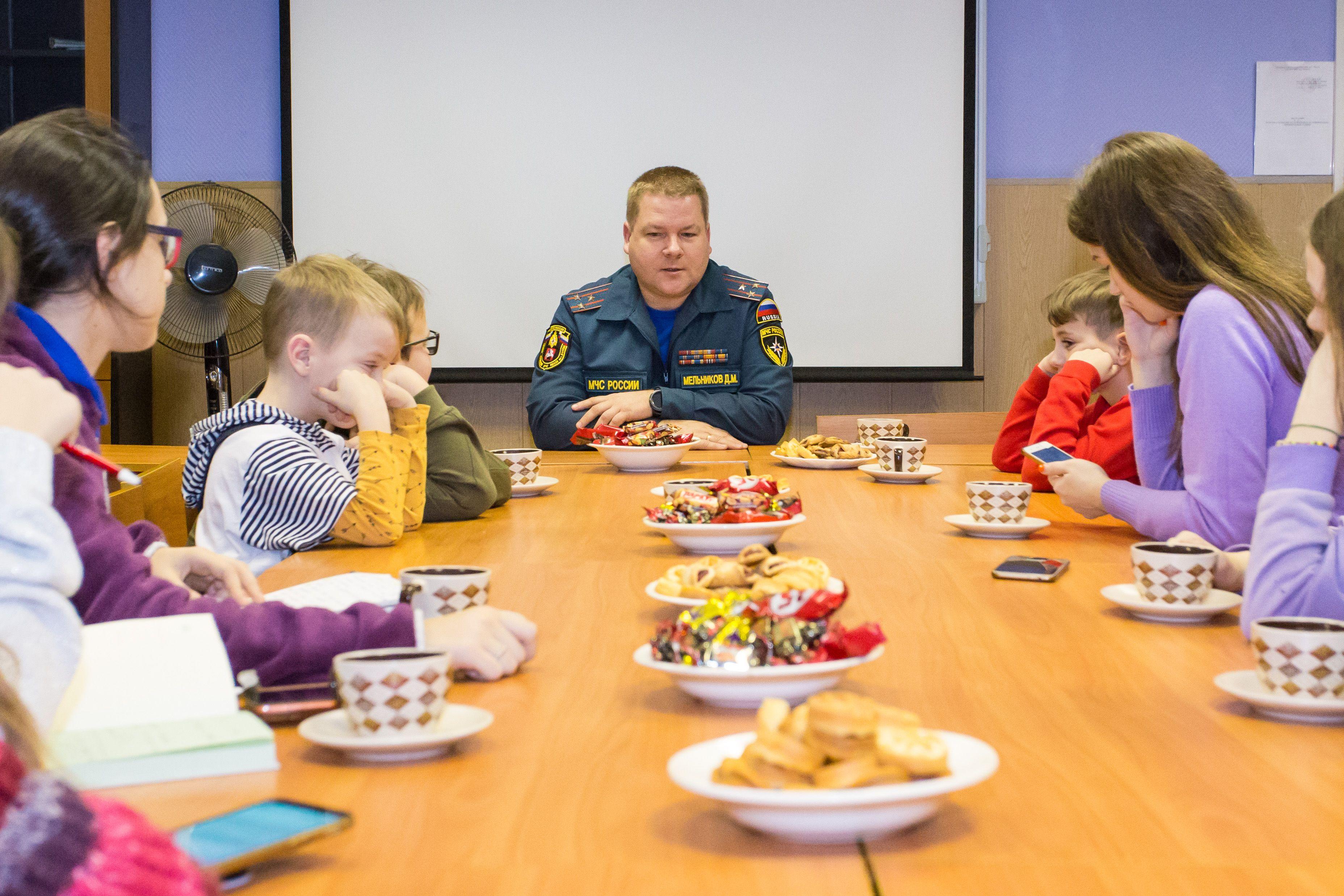 Юнкоры Пионерской правды в гостях у МЧС ЮАО