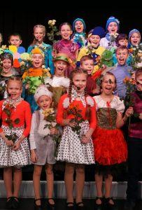 Выступление воспитанников школы искусств «Родник» на одном из московских фестивалей.Фото предоставила режиссер школы искусств «Родник» Марина Жукова