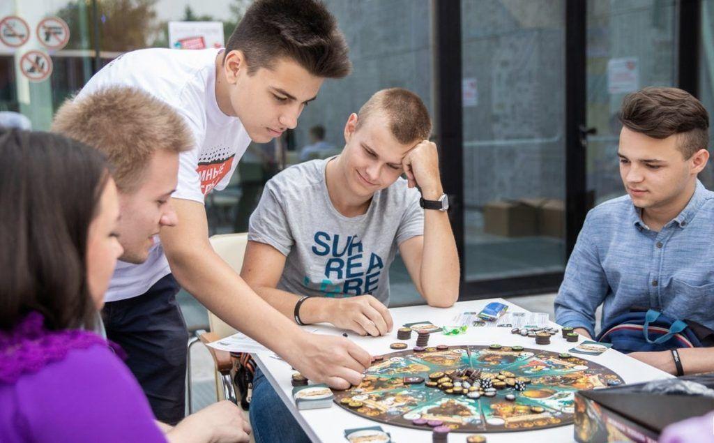 Активных жителей Нагатинского Затона пригласили в Молодежный совет. Фото: сайт мэра Москвы