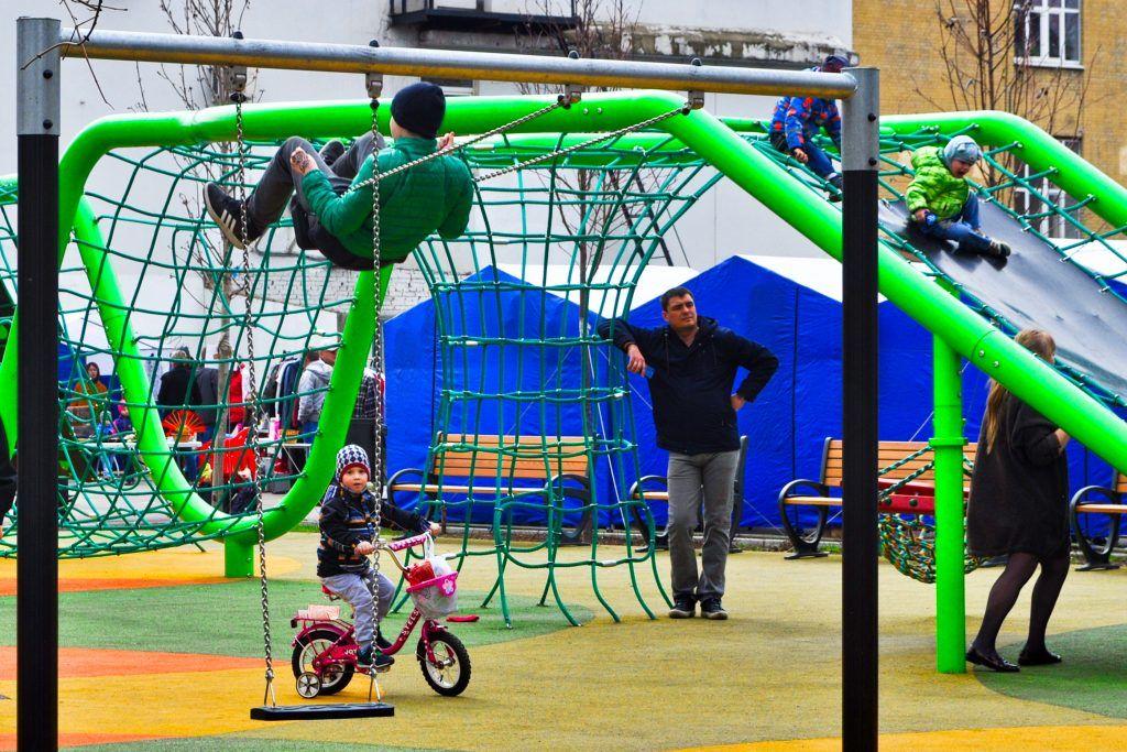 Восемь дворов благоустроили в Орехове-Борисове Южном на средства от платных парковок. Фото: Никита Нестеров