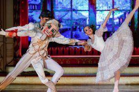 Между танцем и перформансом: колоритную программу подготовили в «Северном Чертанове». Фото: сайт мэра Москвы