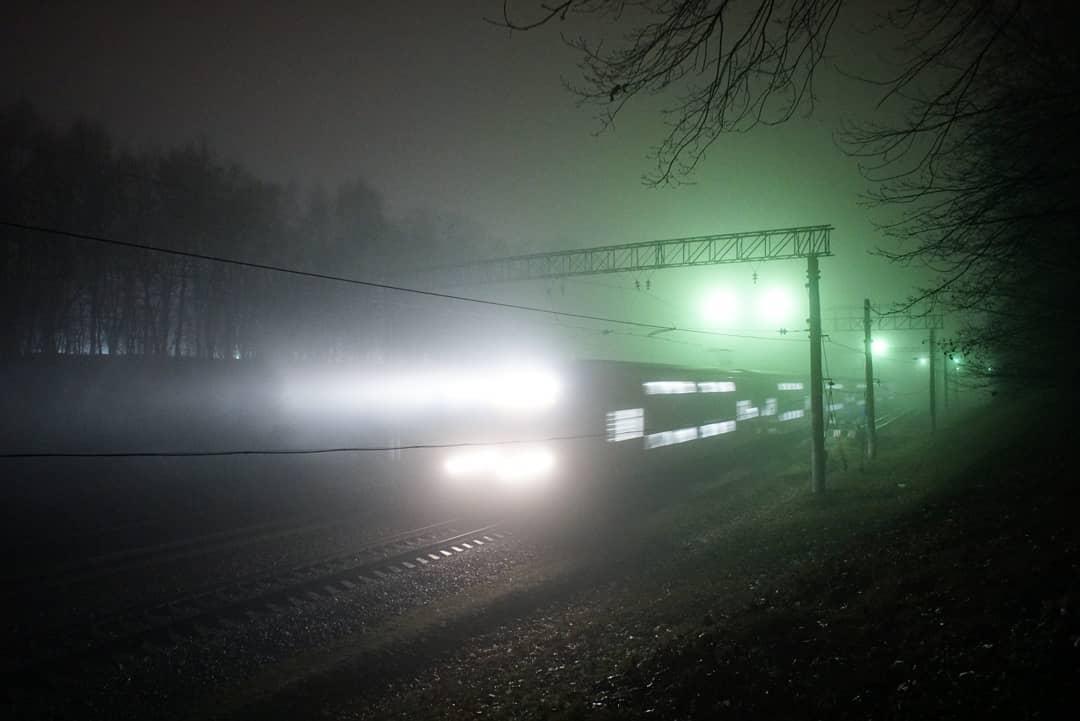 Туманный экспресс: загадочным фото поделился народный корреспондент