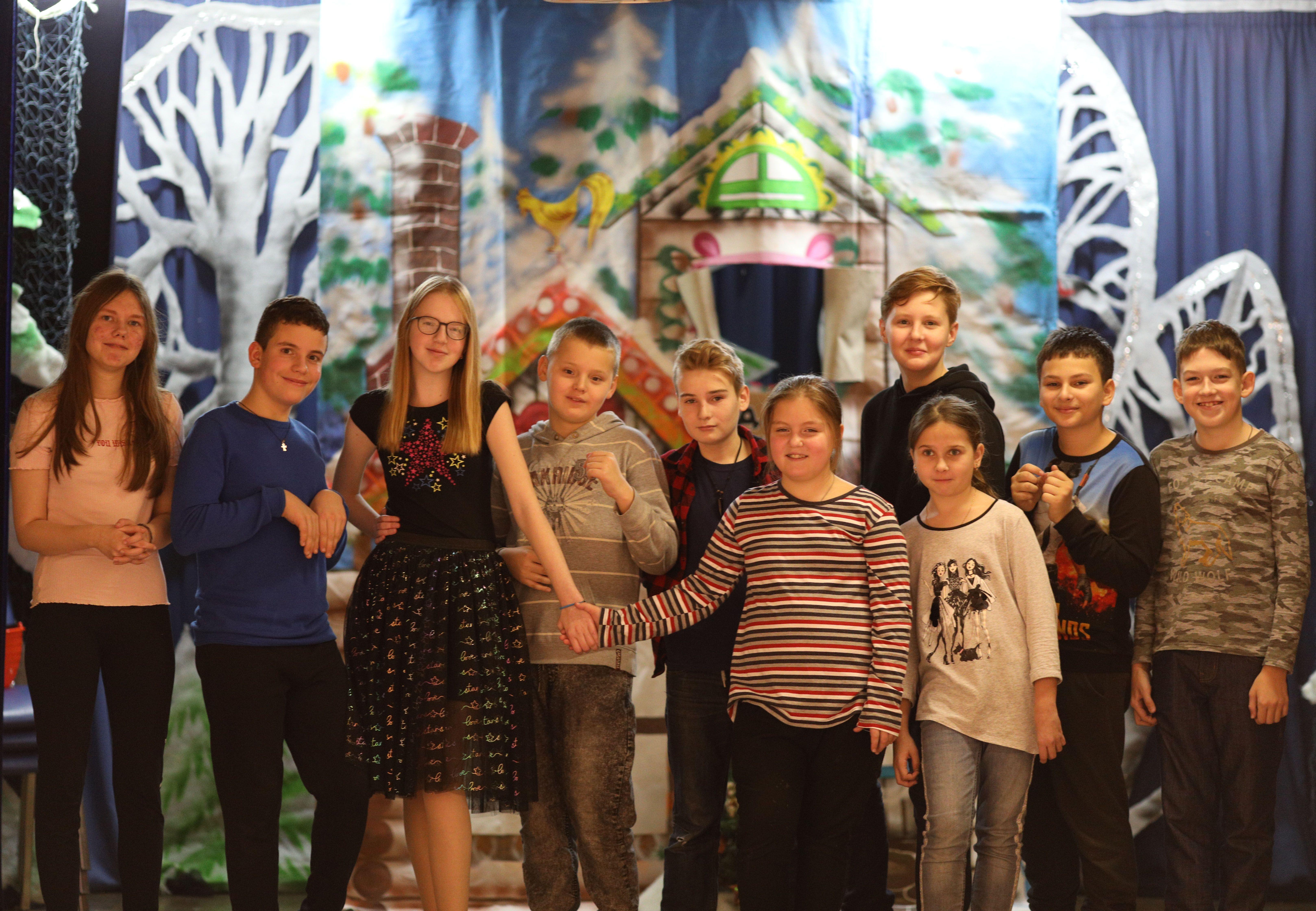 Дети в студии «Маленький театр» осваивают актерское мастерство
