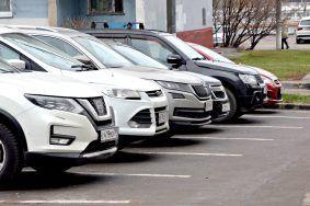 Абонементы на январь можно приобрести на парковки на Кировоградской улице. Фото: Анна Быкова
