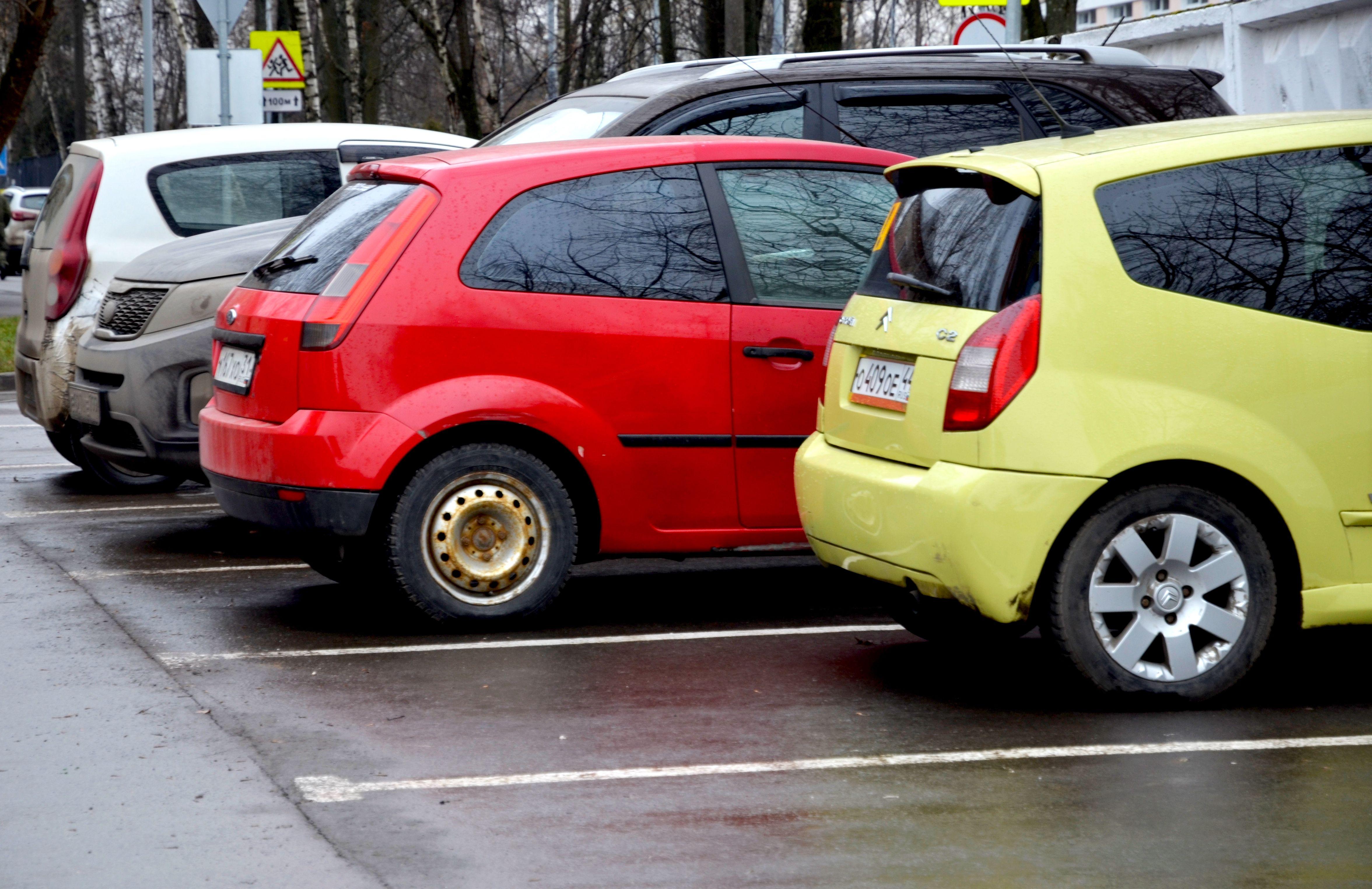 Около 20 новых парковок планируют организовать в столице