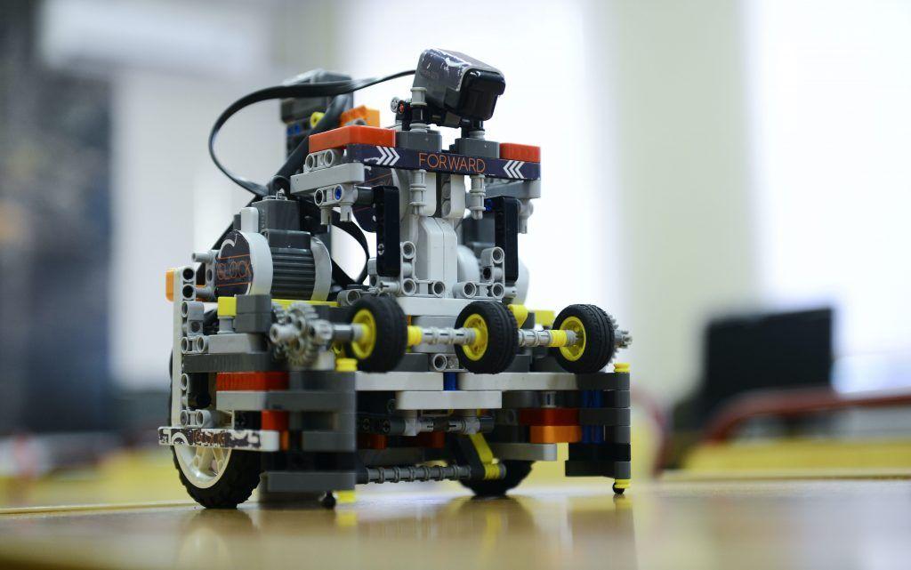 Юный робототехник из «Северного Чертанова» победил на городском фестивале. Фото: архив, «Вечерняя Москва»