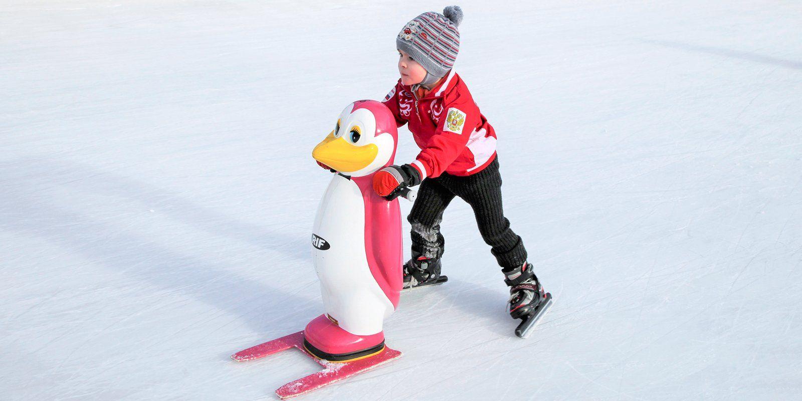 Поддерживающие стойки-пингвинята появились в парках Москвы
