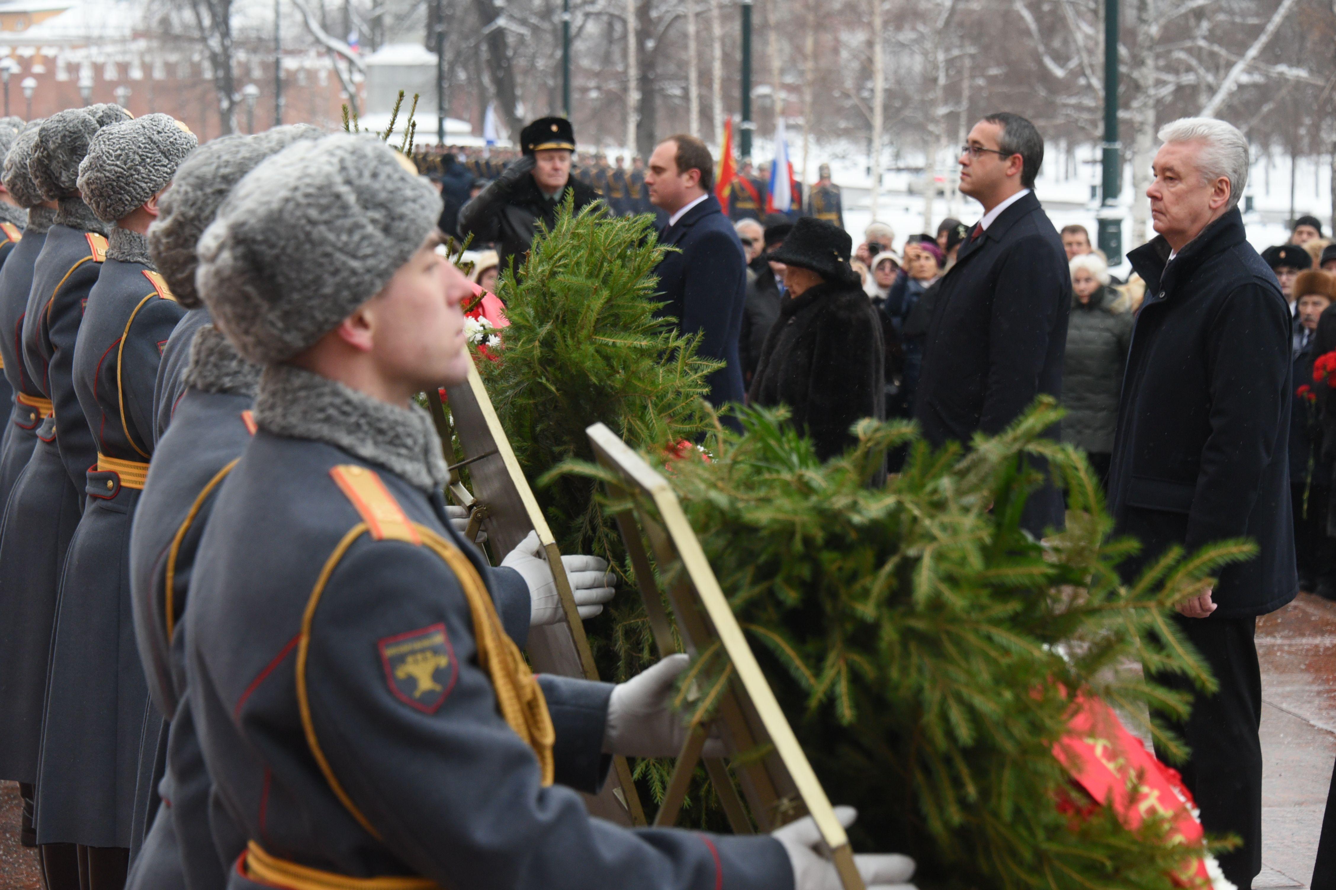 Сергей Собянин возложил цветы в память 78-й годовщины битвы под Москвой