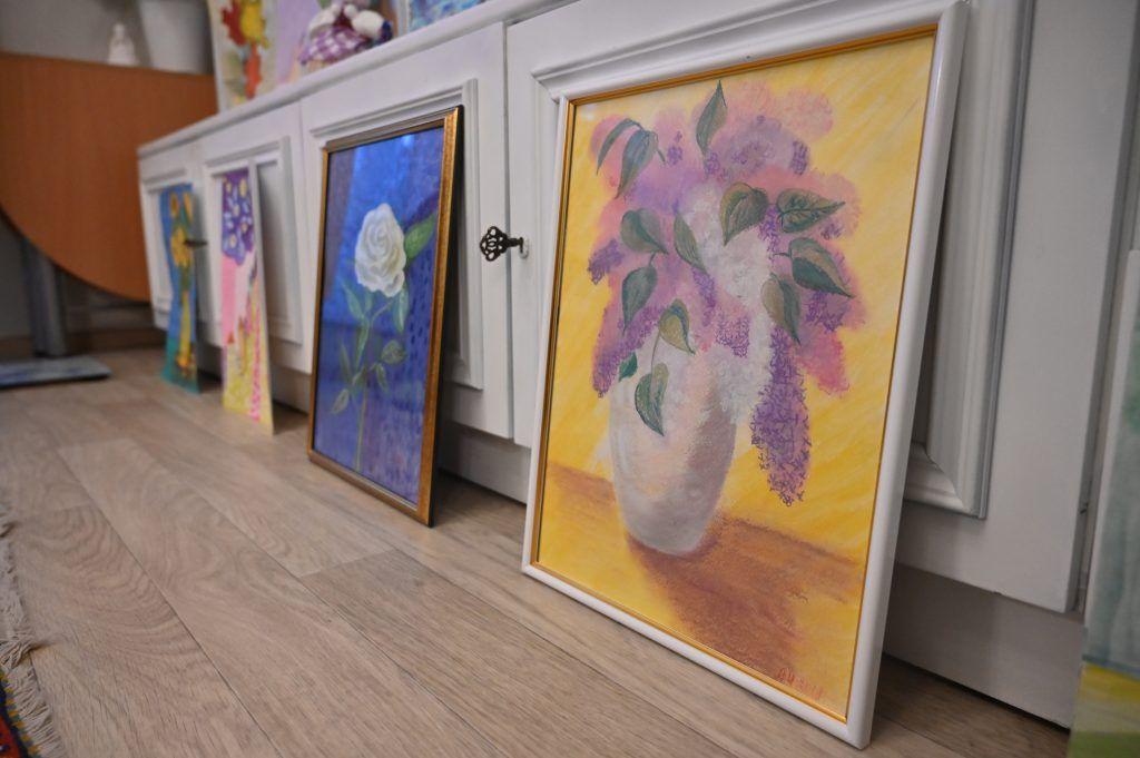 По словам Ирины, она и сама не ожидала, что ее картины начнут пользоваться популярностью. Фото: Алексей Орлов